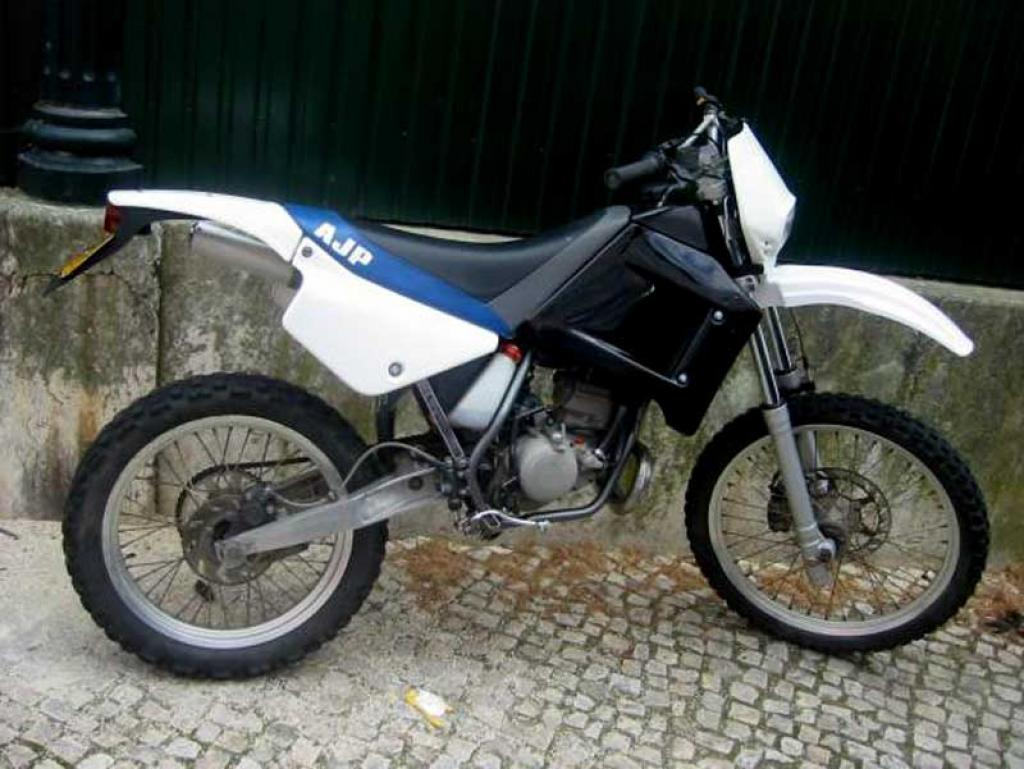 AJP GALP 50 Supermotard #2
