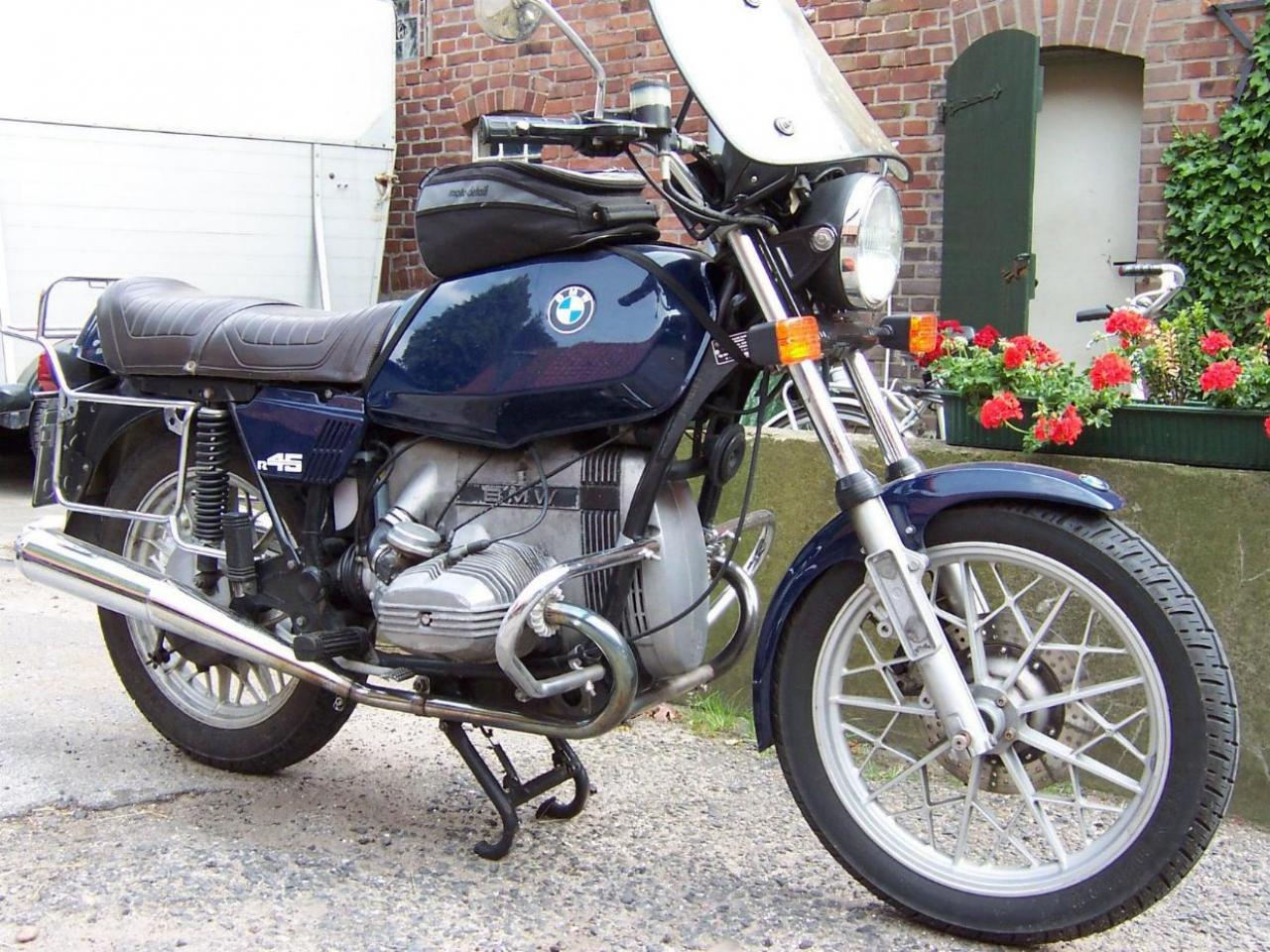 1980 BMW R45 (reduced effect) #1