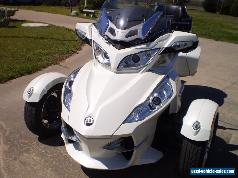 2011 Can-Am Spyder Roadster RT Limited #8
