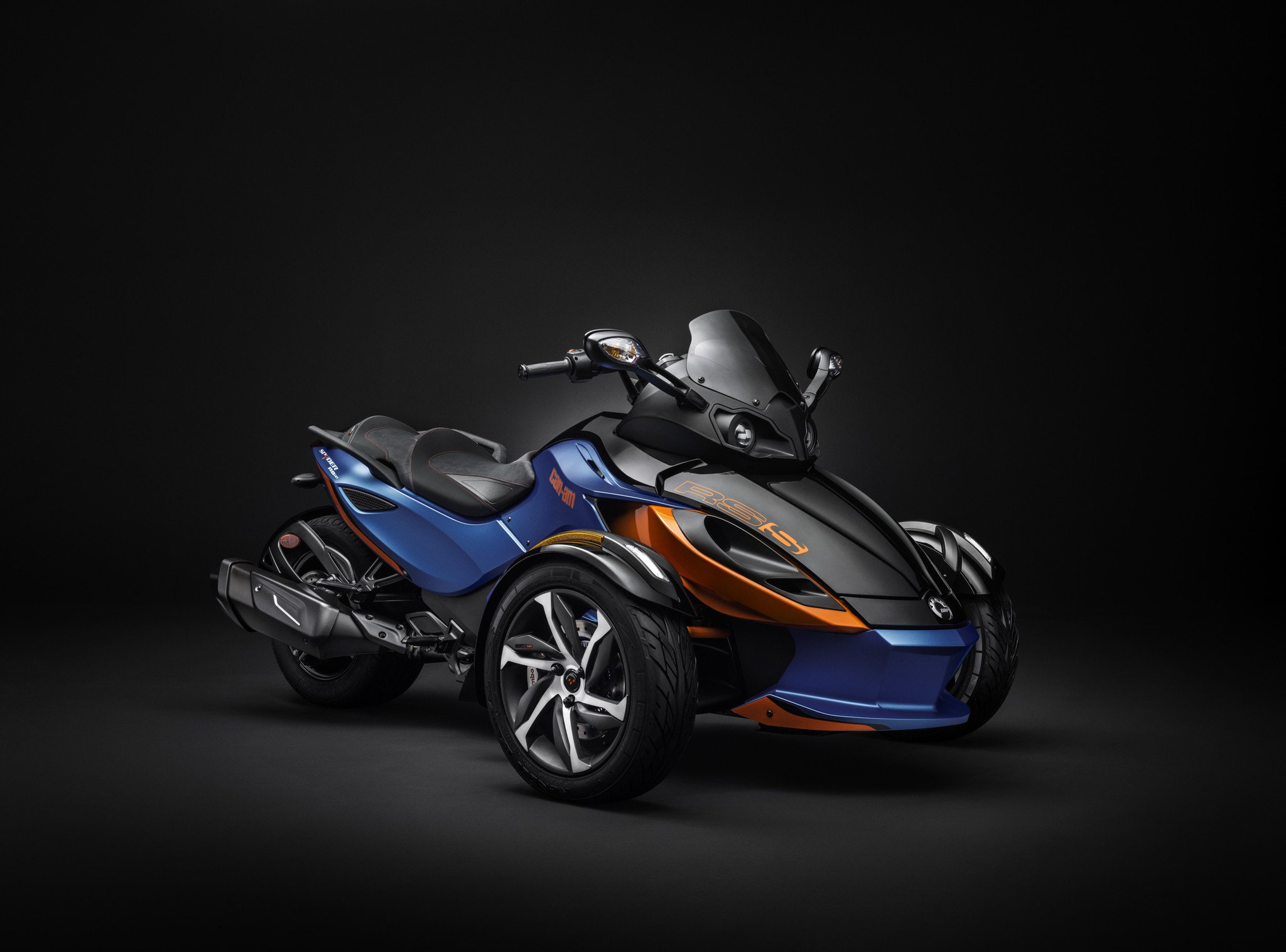 Can-Am Spyder RS-S #8