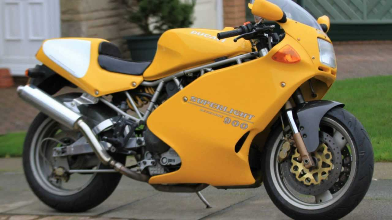 1995 Ducati 900 Superlight #2