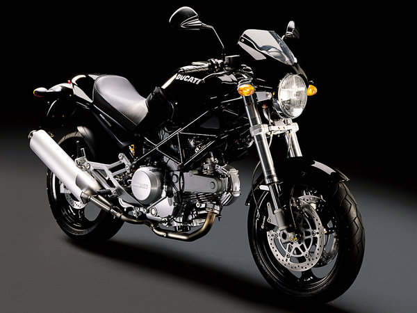 2006 Ducati Monster 620 Dark #8