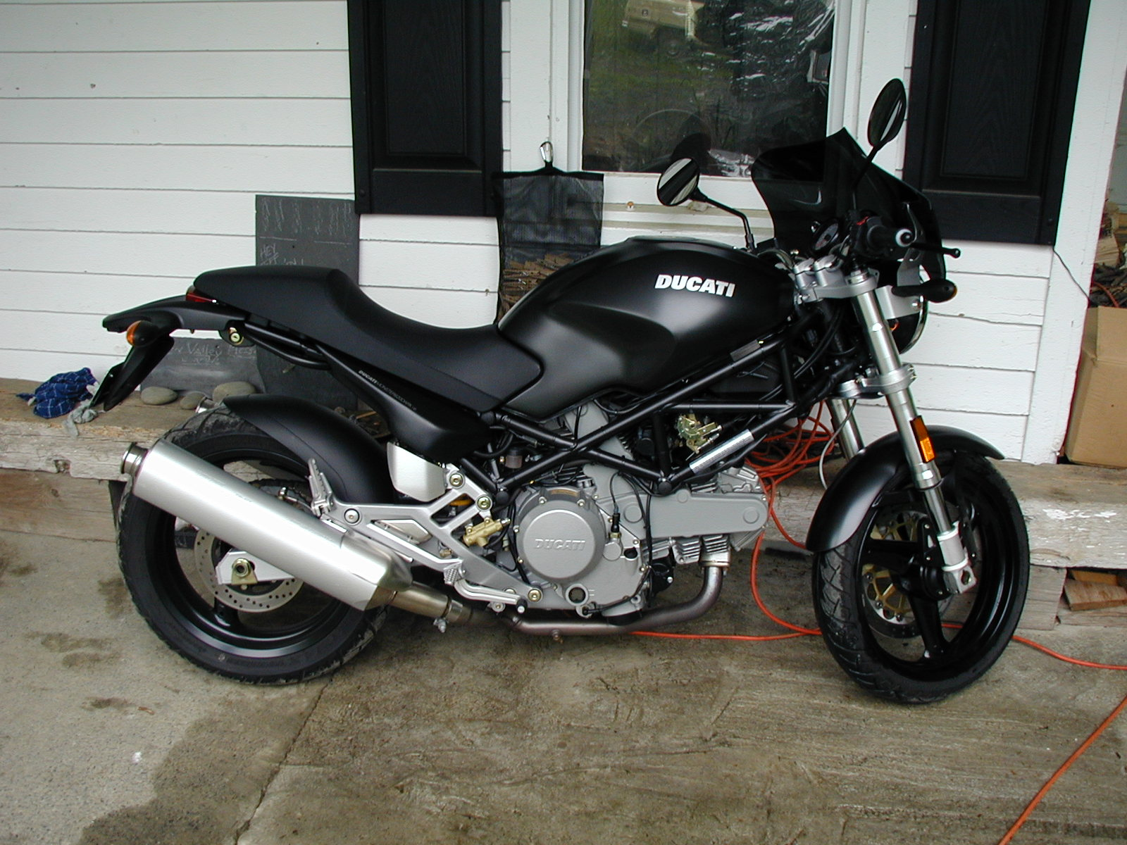 2006 Ducati Monster 620 Dark #10