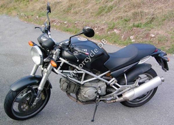 1999 Ducati Monster M600 Dark #5