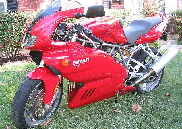 2004 Ducati Supersport 800 #2
