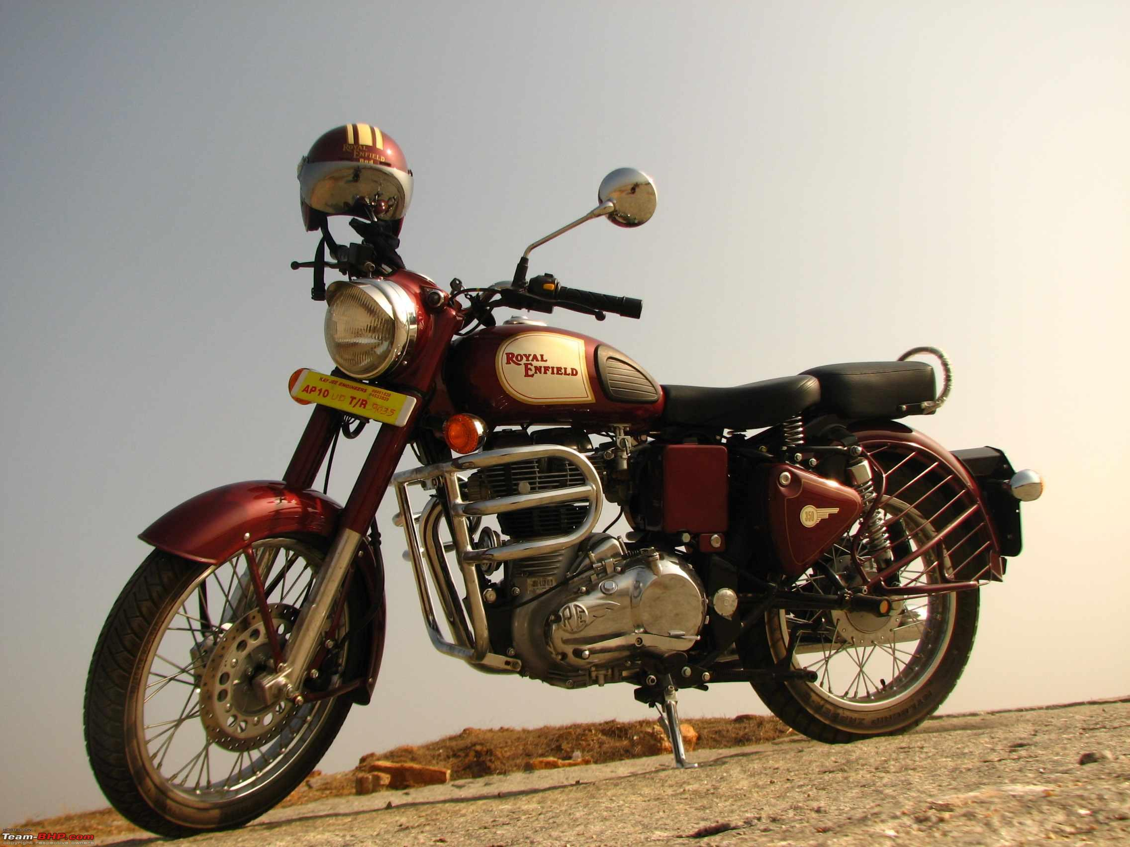 Enfield 350 Classic Outfit #2