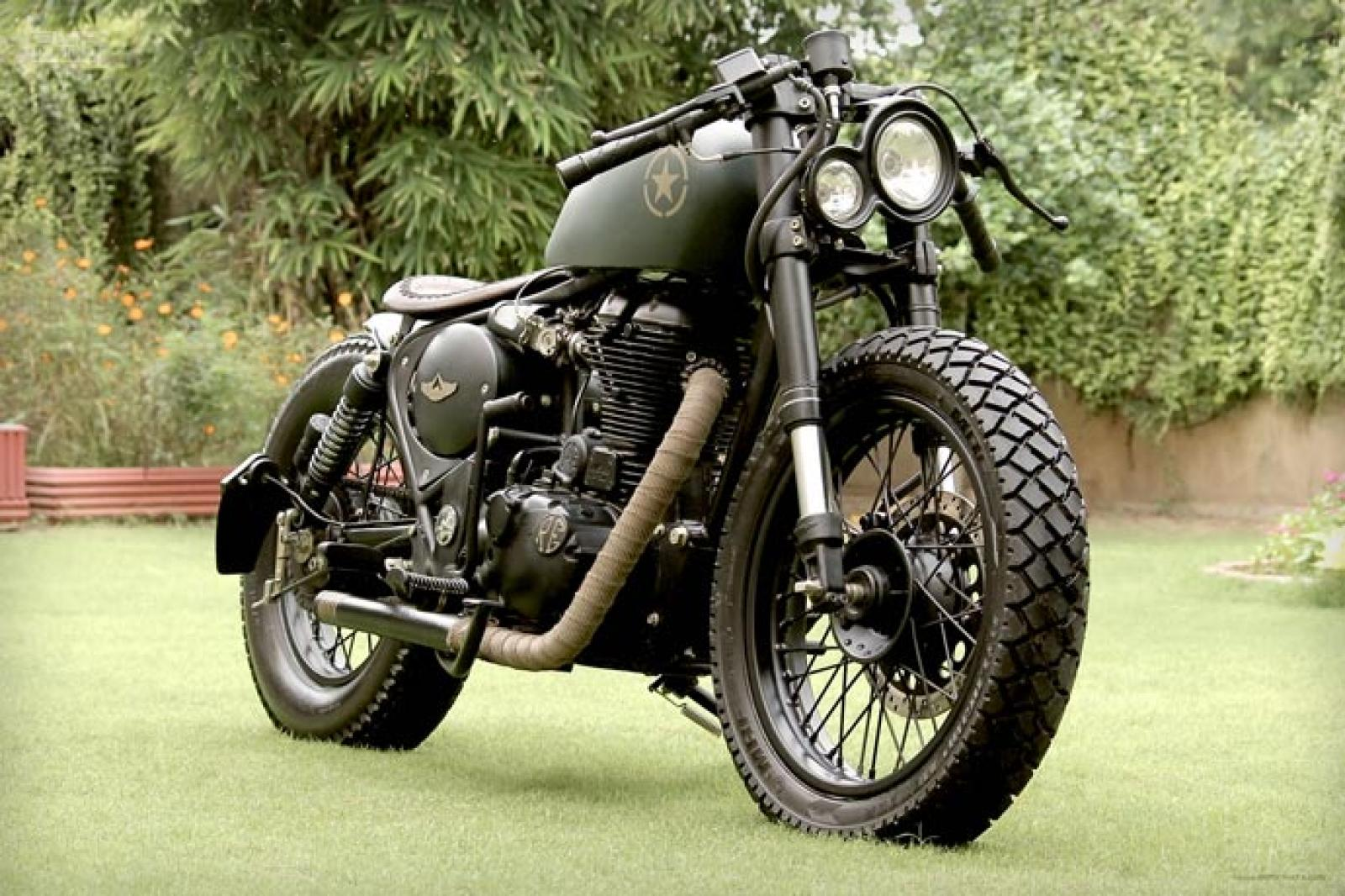 Enfield 500 Classic Outfit #1
