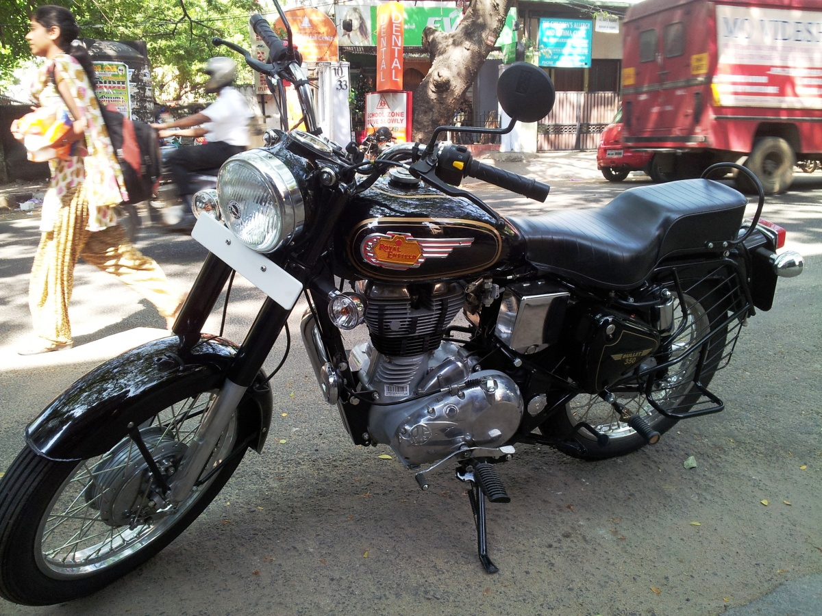 Enfield Bullet 350 UCE #4