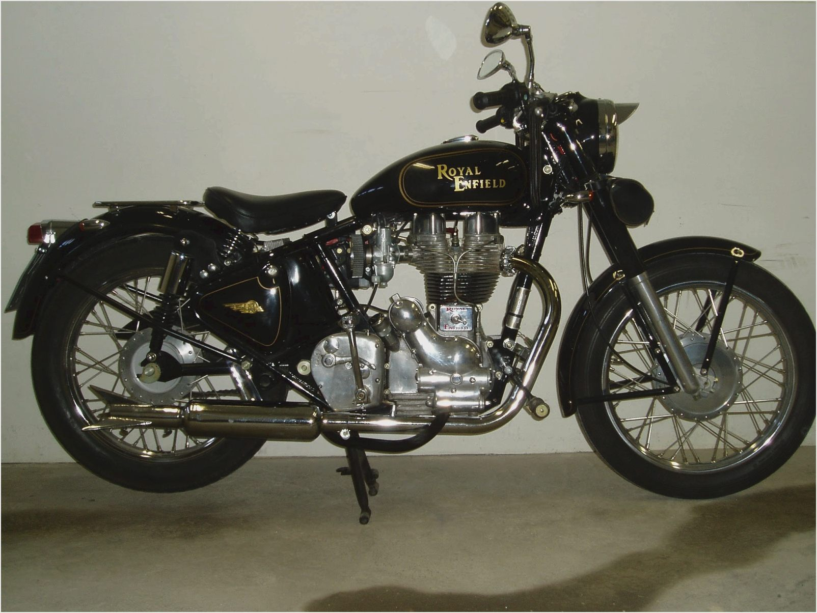 2011 Enfield Bullet Classic 500 #1