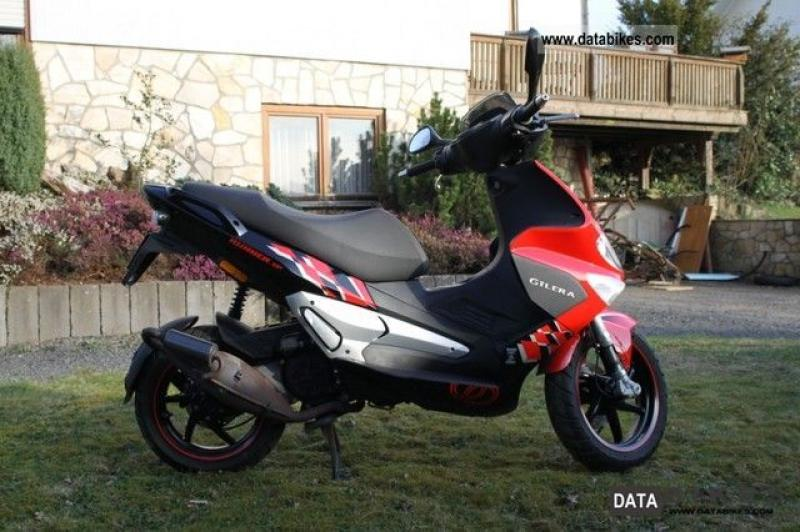 2006 Gilera Runner Racing Replica #9