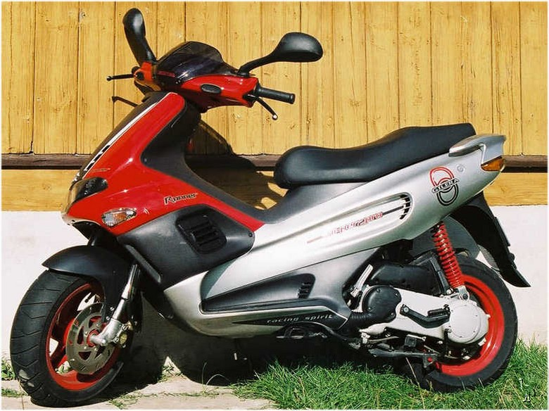 2006 Gilera Runner Racing Replica #4