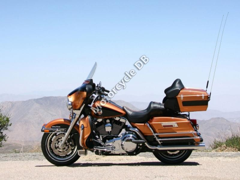 Harley-Davidson Electra Glide Ultra Classic (reduced effect) #1