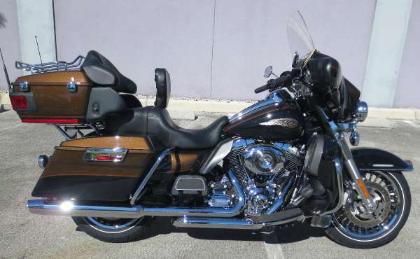 2013 Harley-Davidson Electra Glide Ultra Limited 110th Anniversary #4