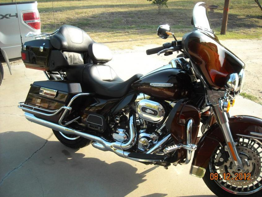 2013 Harley-Davidson Electra Glide Ultra Limited 110th Anniversary #8
