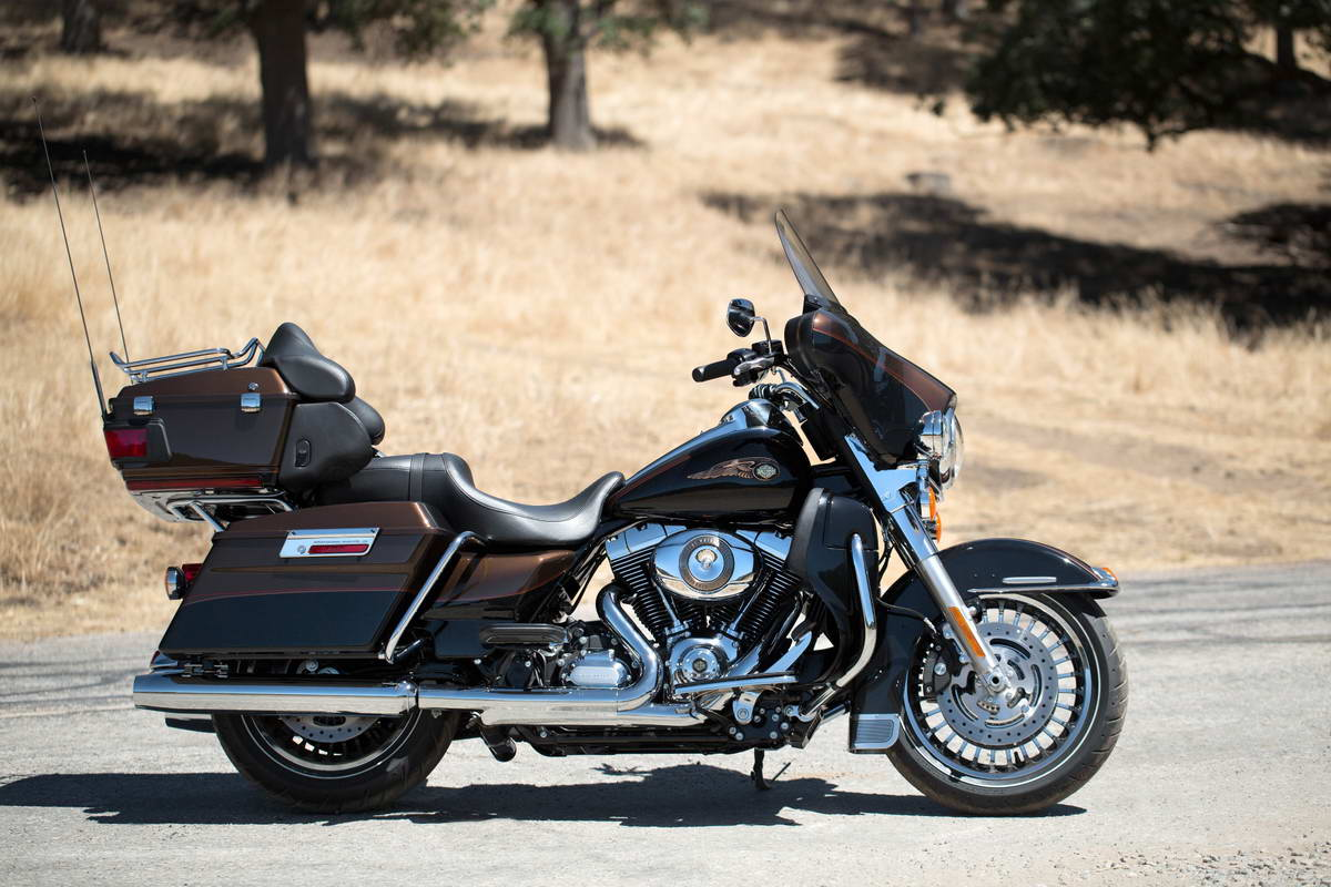 2013 Harley-Davidson Electra Glide Ultra Limited 110th Anniversary #9