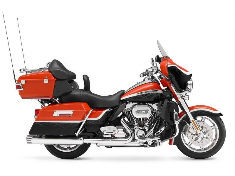 Harley-Davidson FLHTCUSE7 CVO Ultra Classic Electra Glide #2