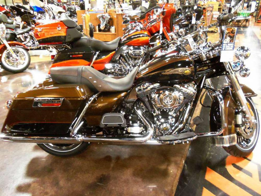 2013 Harley-Davidson Road King 110th Anniversary #5