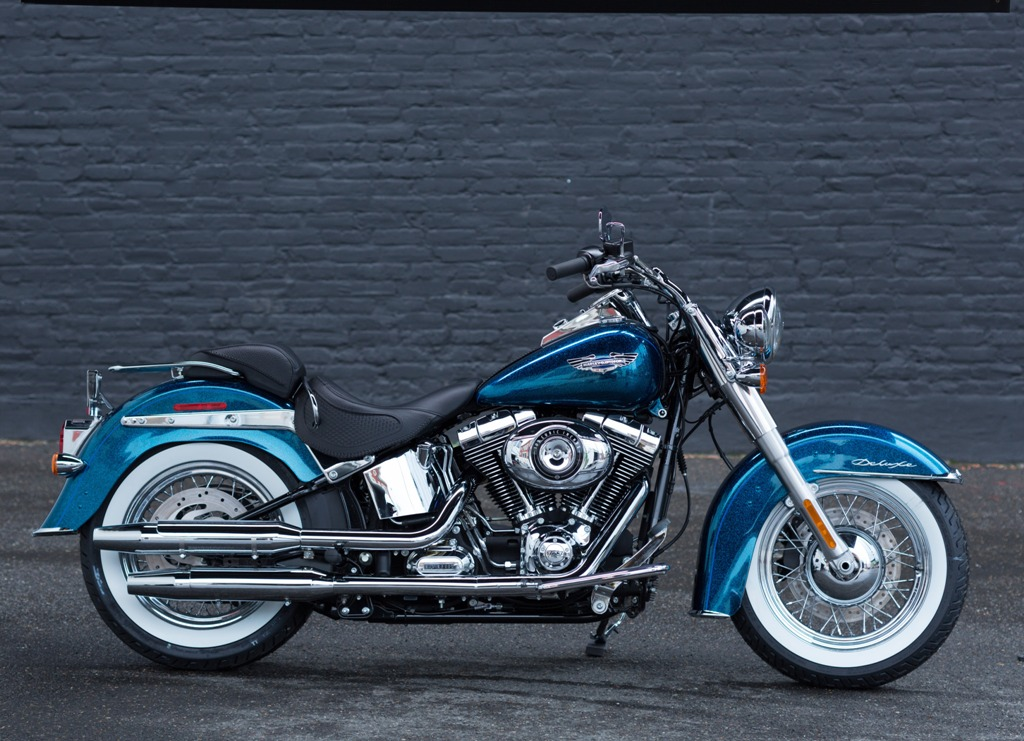 Harley-Davidson Softail Deluxe #8