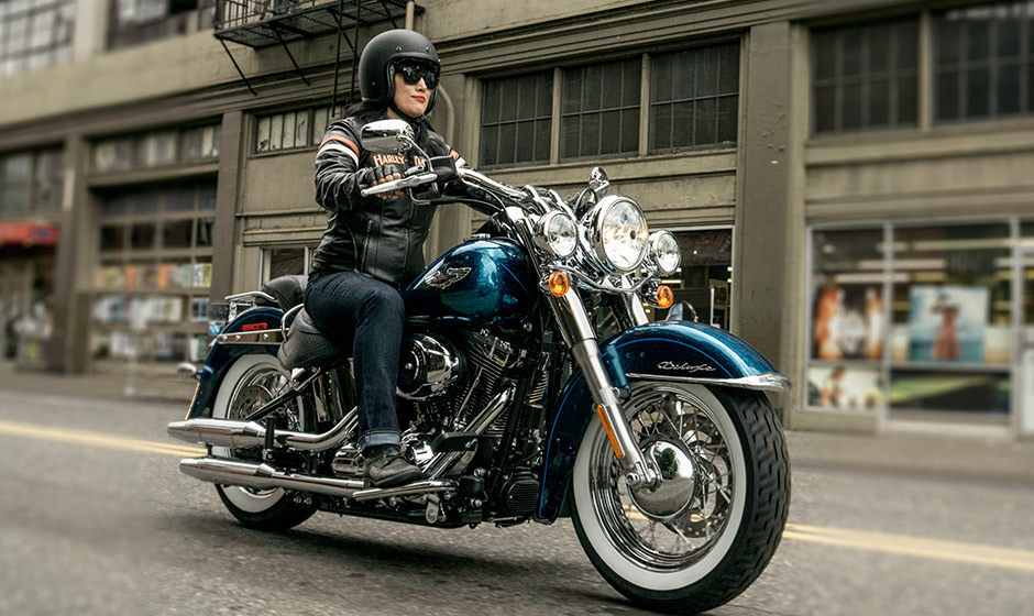 Harley-Davidson Softail Deluxe #3