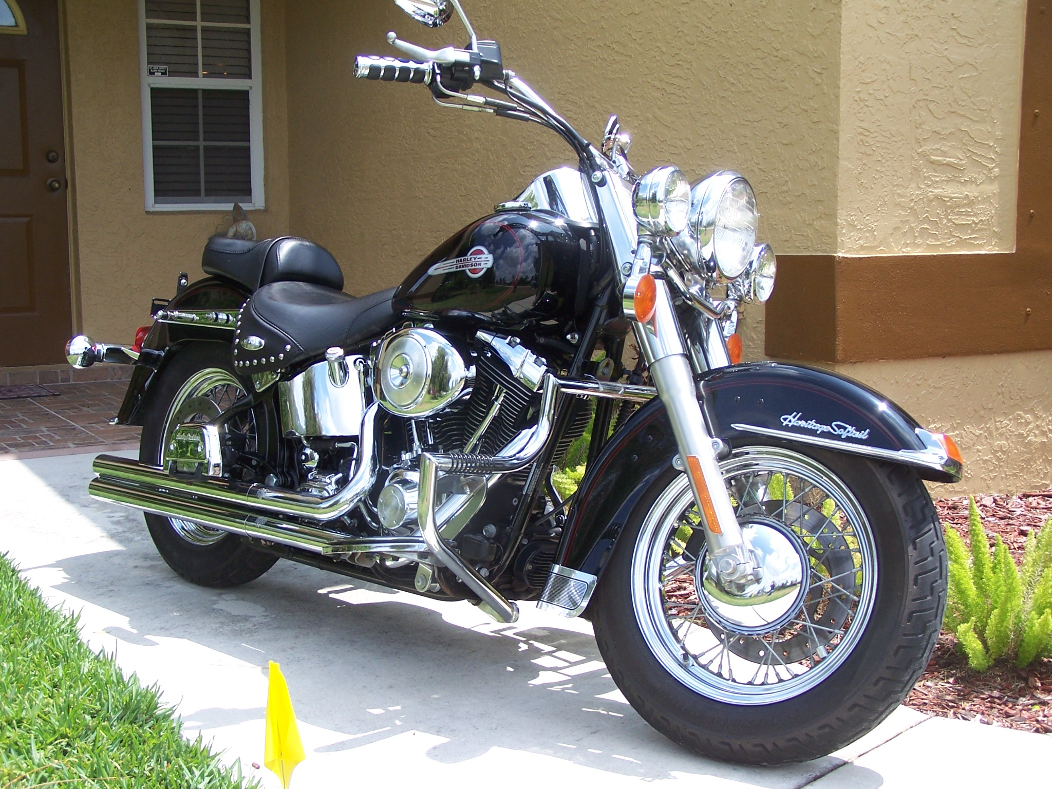 Harley-Davidson Softail Heritage Classic #1
