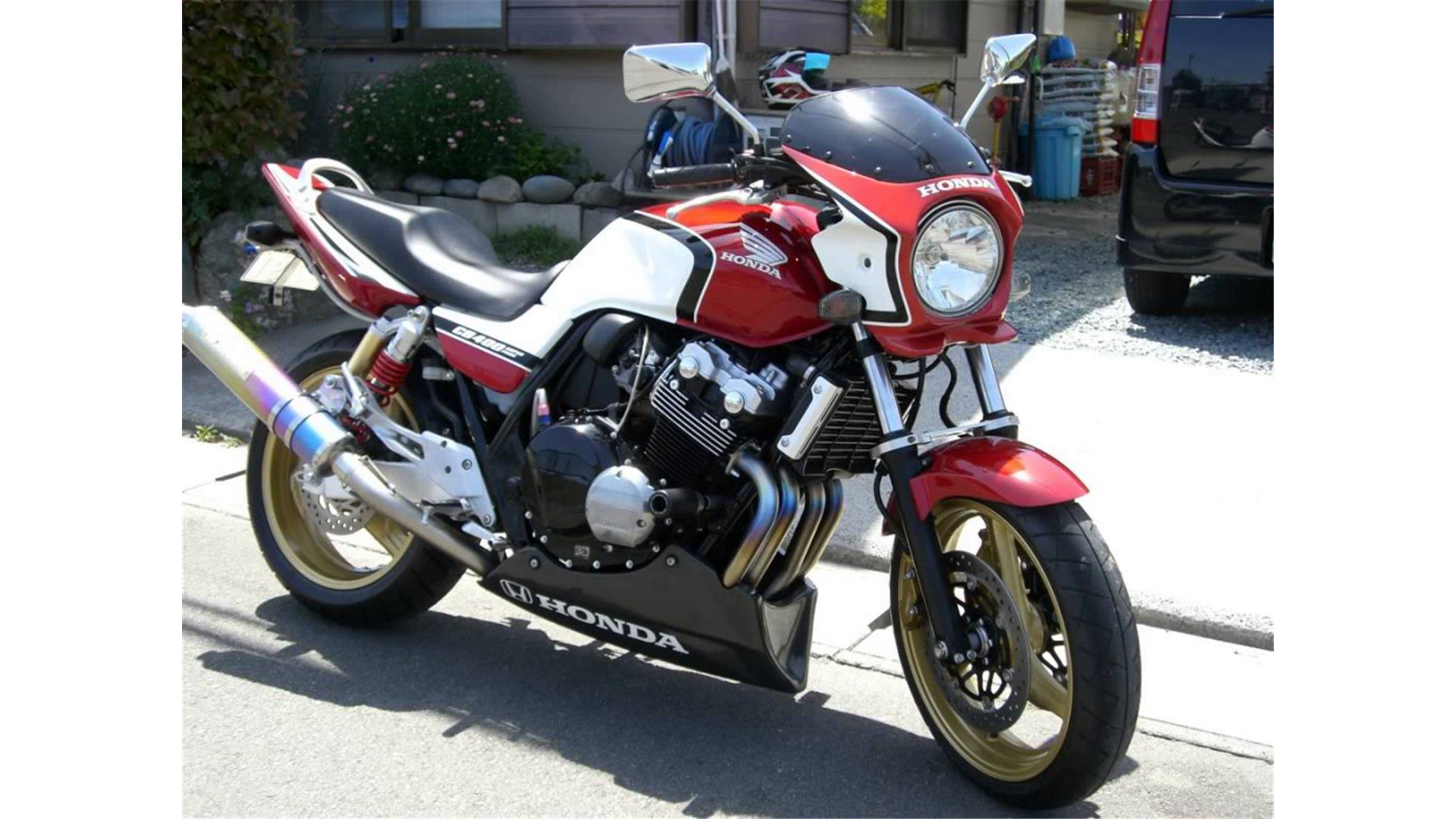 2011 Honda CB400 Super Four ABS #2