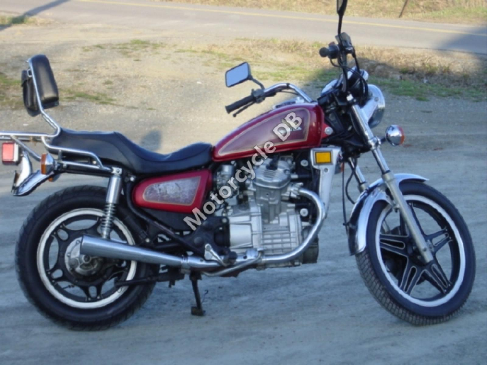 1982 Honda CX500C (reduced effect) #1