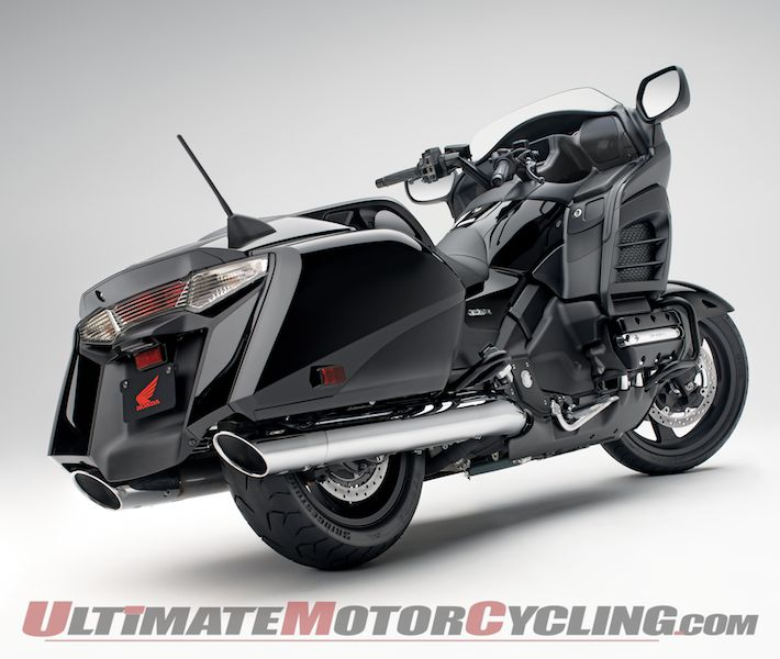Honda GL1800 Gold Wing Deluxe #3