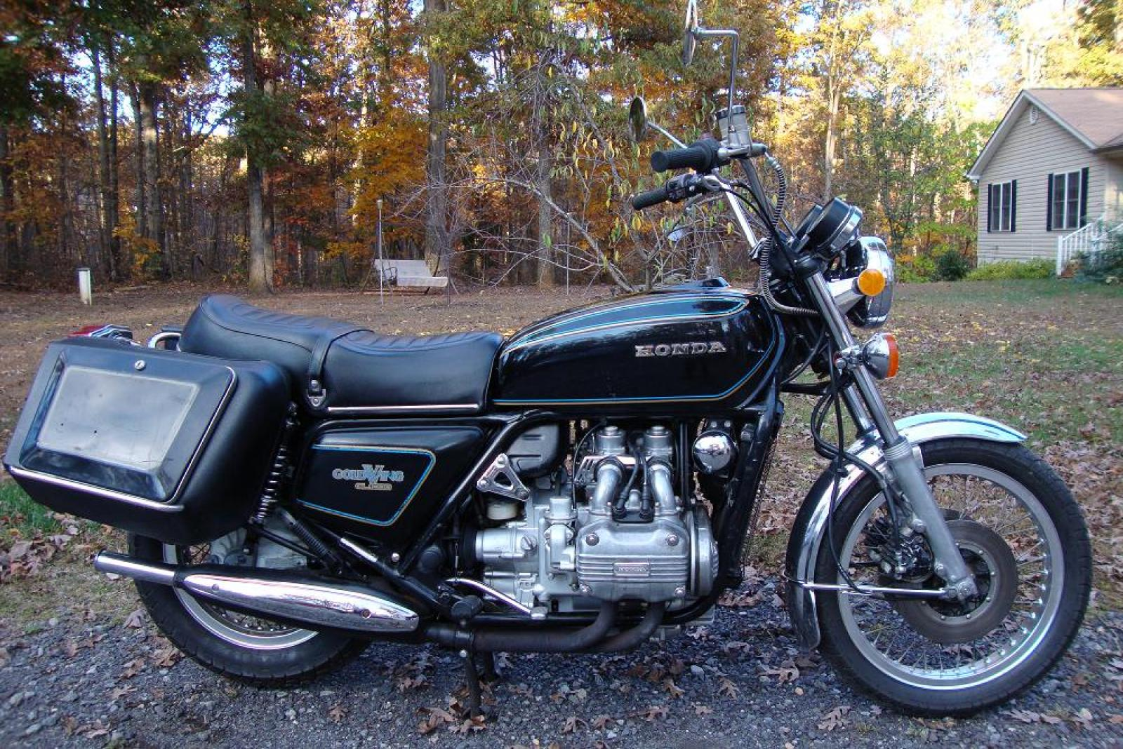 1982 Honda GL500 Silver Wing (reduced effect) #6