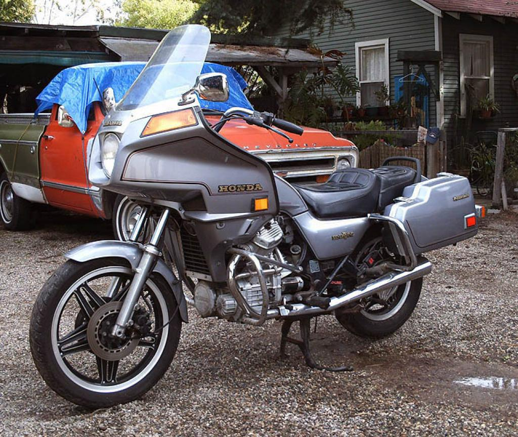 1982 Honda GL500 Silver Wing (reduced effect) #1