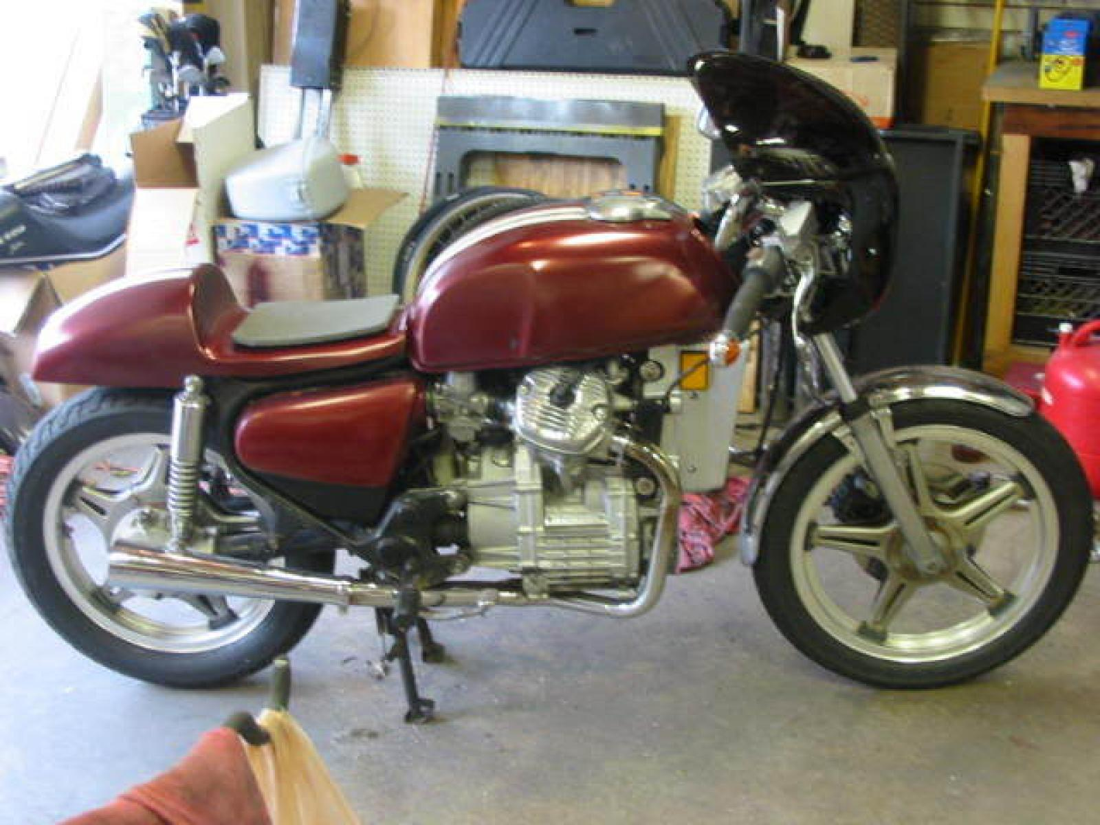 Honda GL500 Silver Wing (reduced effect) #1