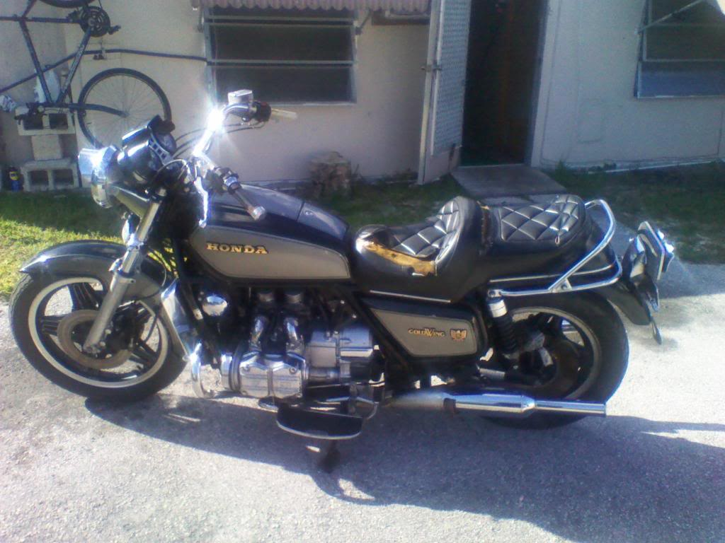 Honda Goldwing GL1100 Standard #1