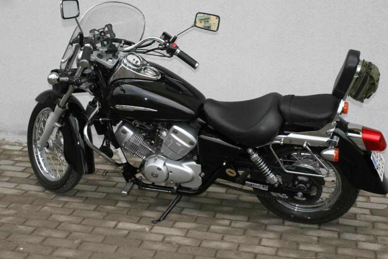 Honda Shadow 125 #4