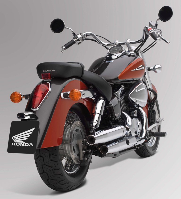 Honda Shadow 750 C-ABS #1