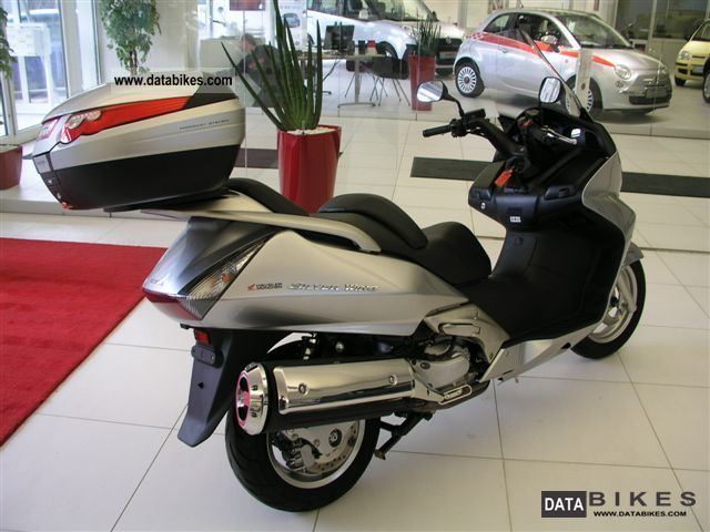 2010 Honda Silver Wing ABS #2