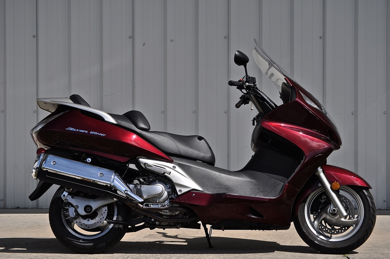 2010 Honda Silver Wing ABS #6