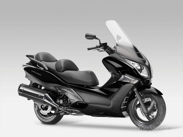 2010 Honda Silver Wing ABS #4
