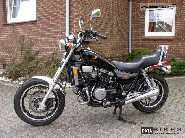 1995 Honda VF750C Shadow #6