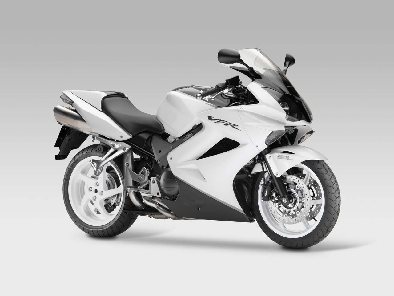 2010 Honda VFR800 Interceptor ABS #3
