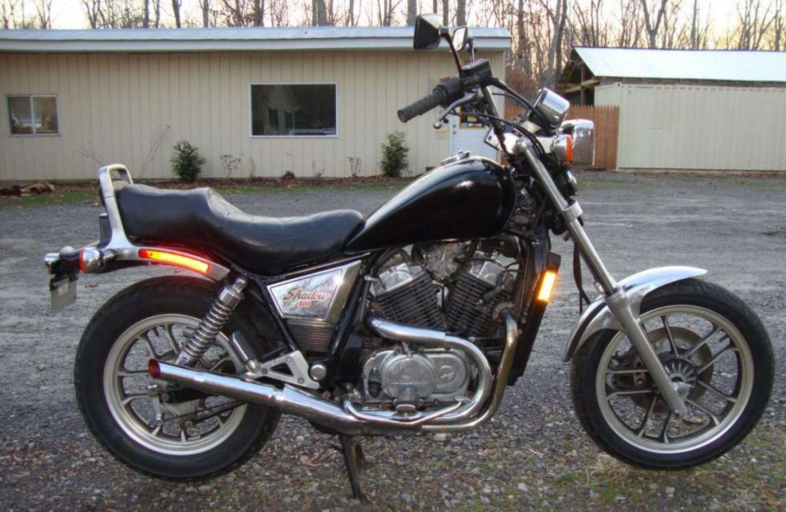 1983 Honda VT500C (reduced effect) #1