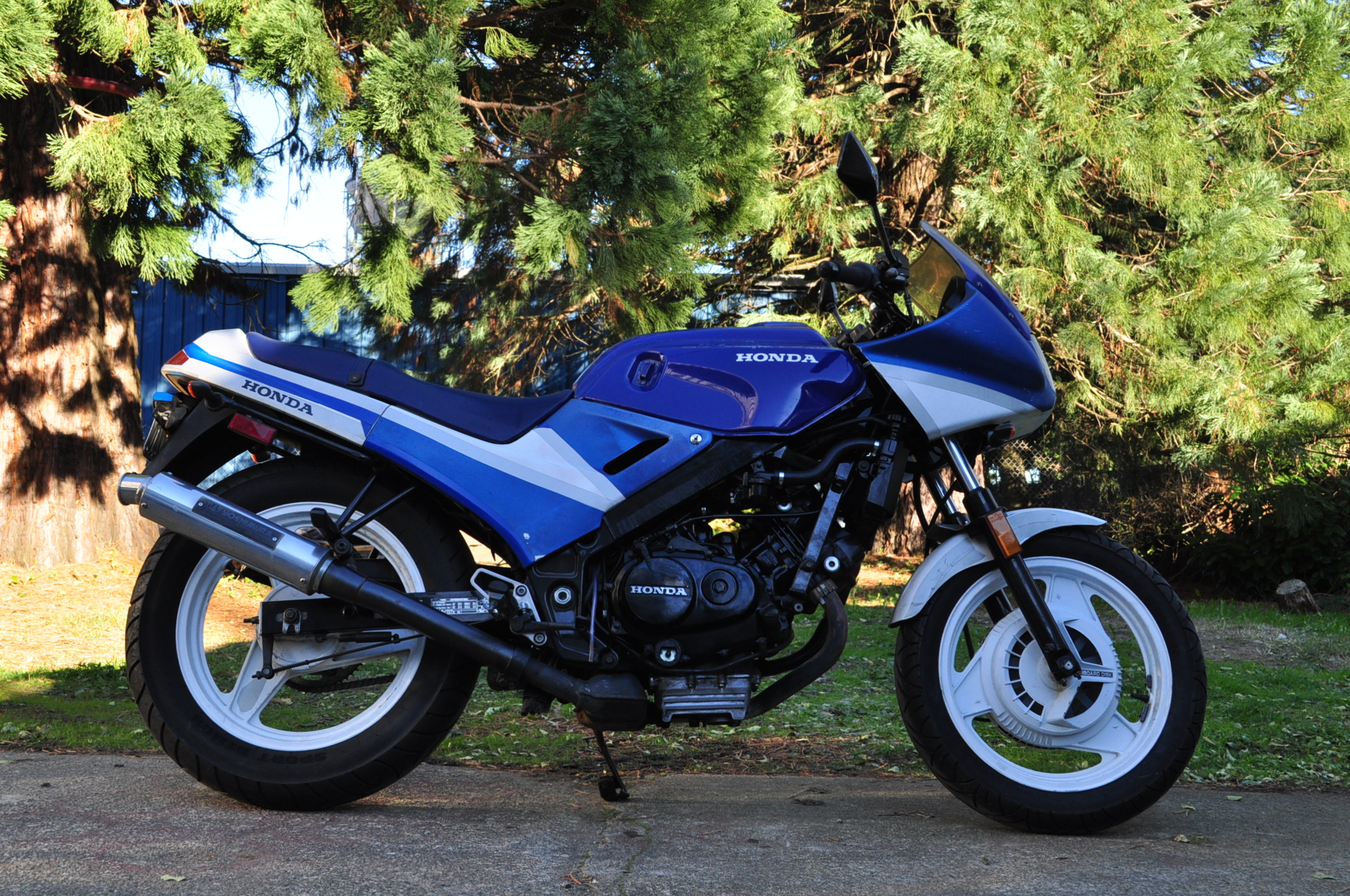 Honda VTR250 Interceptor #9