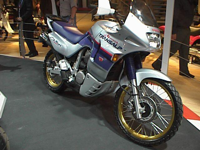 1988 Honda XL600V Transalp (reduced effect) #3