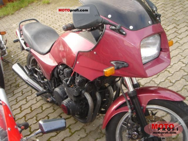1985 Kawasaki GPZ1100 (reduced effect) #1