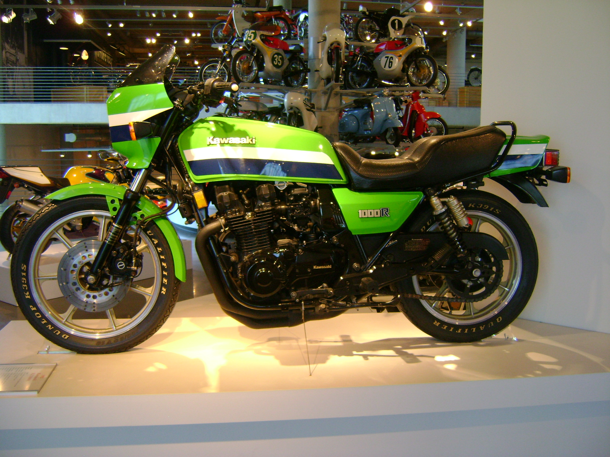 Kawasaki GPZ550 (reduced effect) #6
