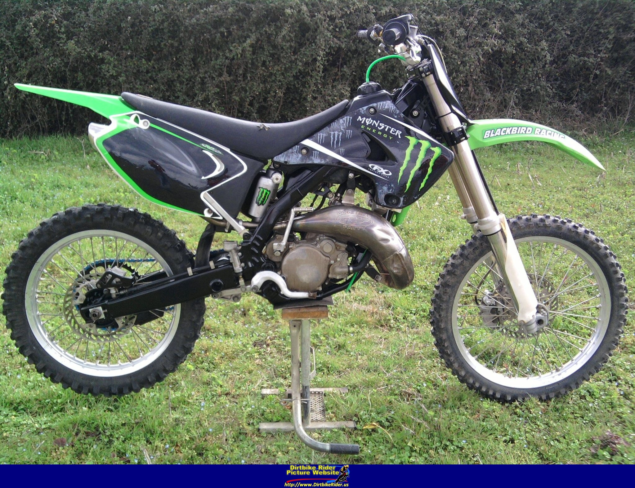 Enjoyable 2005 Kawasaki Kx125 Photos Informations Articles Bikes Pabps2019 Chair Design Images Pabps2019Com