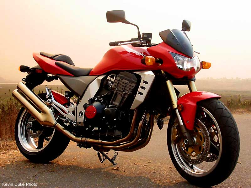 2004 Kawasaki Z1000 Photos, Informations, Articles - Bikes