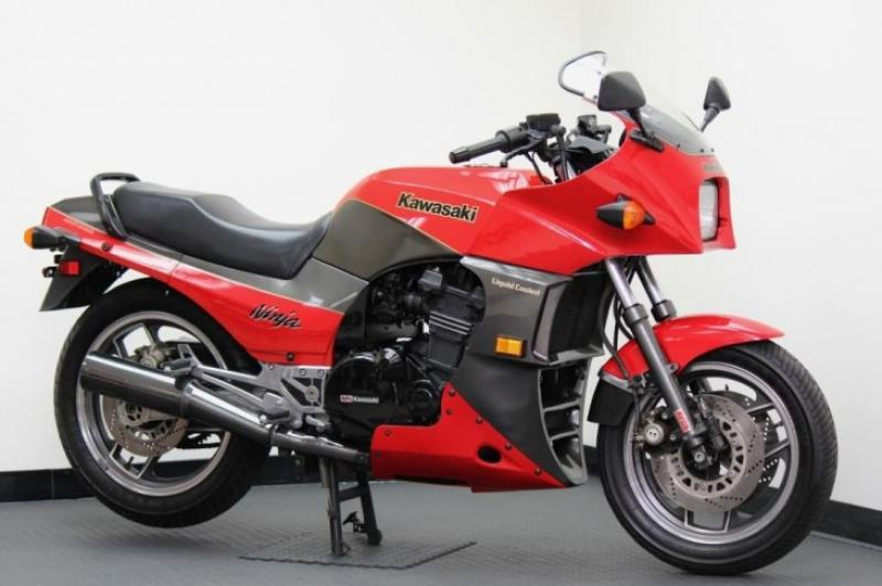 1984 Kawasaki Z400F (reduced effect) #7