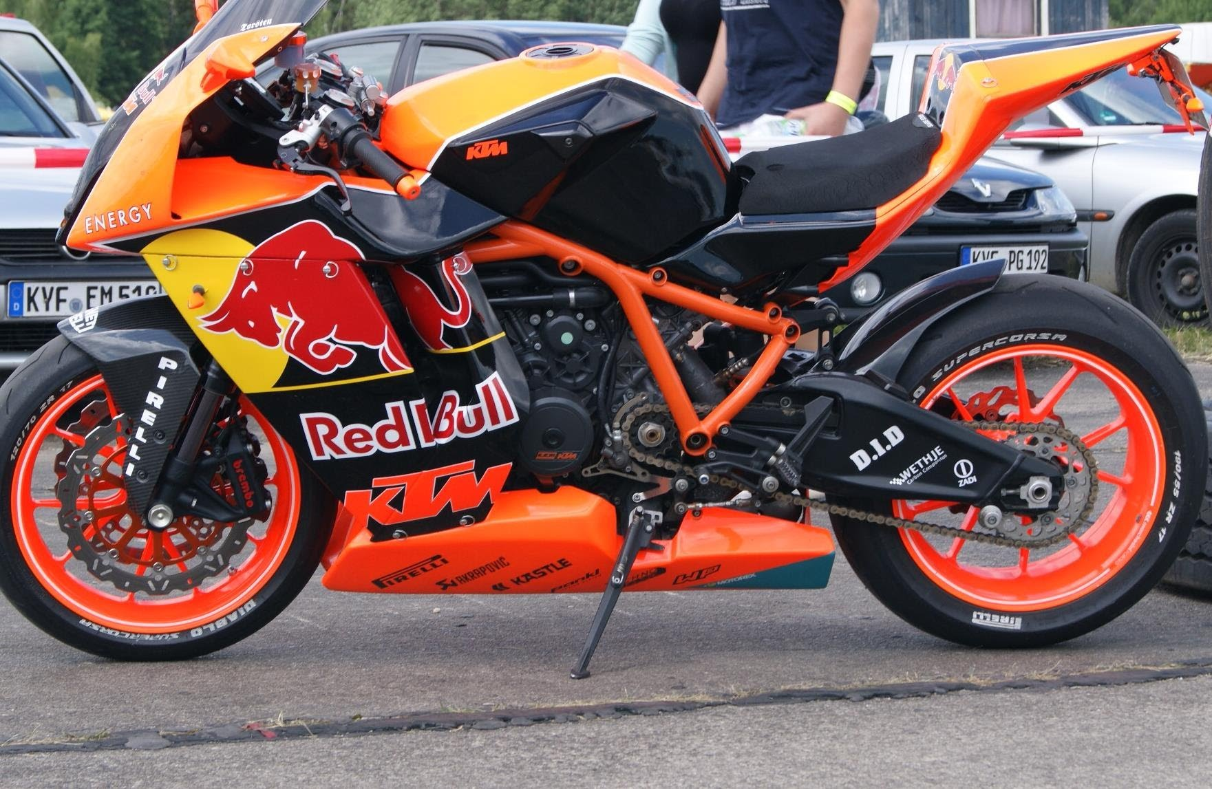 2010 KTM 1190 RC8 R Red Bull Limited Edition #2