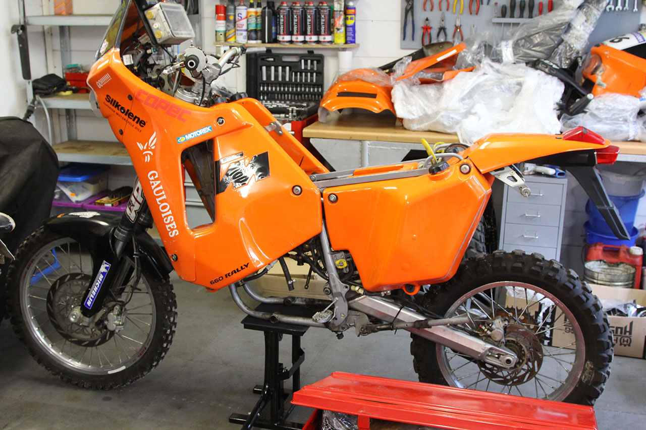 KTM 660 LC4 Rally Factory Replica #1
