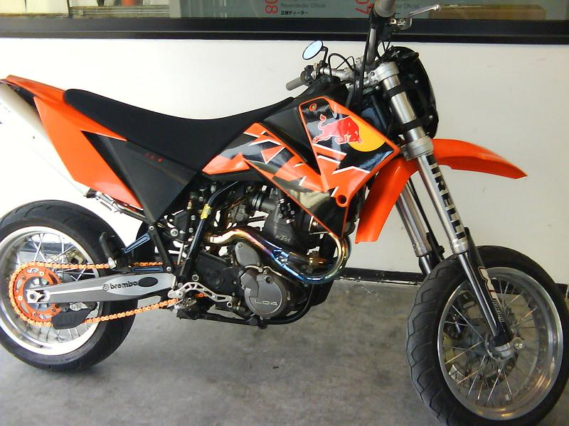 KTM 660 Supermoto Factory Replica #5