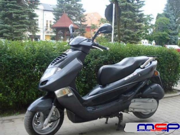 2004 Kymco Bet and Win 150 #2